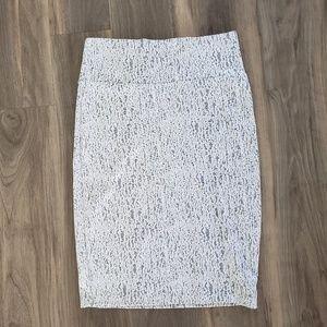 LuLaRoe White and Black Cassie Skirt